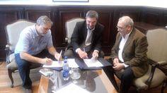 Semanario / Junin Regional: Convenio entre la UNNOBA y el Municipio de San Ped...