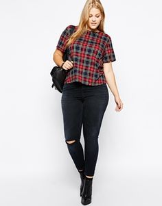 LOU Enlarge ASOS CURVE Exclusive Ridley Ankle Grazer Jeans in Washed Black with 1 Rip
