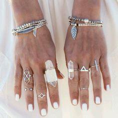 Rings on fleek. Gypsy lovin light ♡