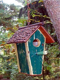 434C Recycledbirdhouses.com