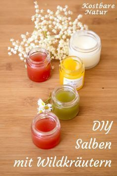 Heilsalben mit Wild- und Heilkräutern einfach selber machen Making ointments is easy and with natural ingredients you can use the healing . Advantages Of Green Tea, Skin Care Masks, Homemade Soap Recipes, Medicinal Herbs, Healing Herbs, Natural Cosmetics, Kraut, Perfume, Diy Beauty