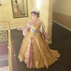 Let's break up the Tyrande spam a little bit! Finally got more photos in Anastasia at the end of the day back at our hotel after… Anastasia Cosplay, Spam, More Photos, Breakup, Let It Be, Breaking Up
