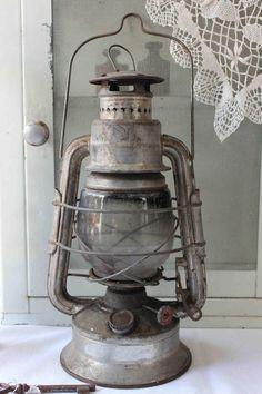 Shabby Petroleumlampe / Petroleumleuchte Vintage von TheCottage auf DaWanda.com