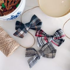 Newborn Hair Bows, Gifts For Newborn Girl, Baby Hair Bows, Baby Girl Gifts, Stylish Little Girls, Paper Chains, Fabric Bows, Red And Black Plaid, Girls Bows