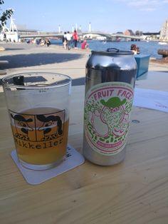 Mikkeller Dragonfruit Fruit Face (Berliner Weisse w/ Dragonfruit Passionfruit Pink Guava) #FavoriteBeers #summershandy #beers #footy #greatnight #beer #friends #craftbeer #sun #cheers #beach #BBQ