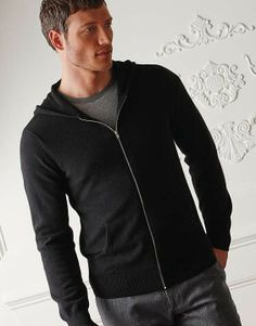 A cashmere sweatshirt style is perfect for all endeavors, from enjoying coffee at home to running around town. Perfect gift for the husband