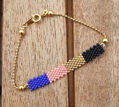 Bracelet en perles Miyuki noir, doré, rose et bleu, chaîne dorée