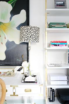 IHeart Organizing: A Storied Style: Home Office / Guest Room Makeover Part 2 - The Reveal! Thank you all for your kind comments on Part 1 of Grace's home office / guest room update ! I am excited to be back today to share the resu. Guest Room Decor, Guest Room Office, Bedroom Furniture Sets, Home Furniture, Bench Furniture, Bedroom Sets, Office Furniture, Furniture Ideas, Furniture Design