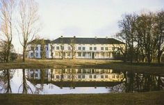 Linderud gård, Trondheimsveien 319, NO-0593 Oslo Oslo, Villas, Mansions, House Styles, Mansion Houses, Manor Houses, Luxury Houses, Villa