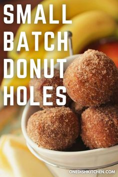 This wonderful donut recipe yields 6 cinnamon sugar donut holes. Easy to make and no yeast needed! This small batch recipe is ideal for satisfying a donut craving. These homemade donuts can be ready in minutes, no rolling required. Donut Recipes, Pie Recipes, Donut Hole Recipe, Slushie Recipe, Single Serving Recipes, Summer Dessert Recipes, Donut Holes, Homemade Donuts, Ice Cream Recipes