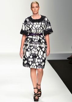 Fab black-and-white styles for 14  gals