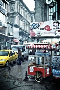 İstanbul street with food cart. This is how I remember it.