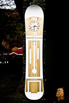 Grandfather Clock....wait....is that the bottom of a snowboard? What a grand idea!
