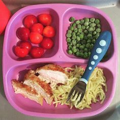 Toddler meals 840484349182515429 - Dinner – breaded chicken, butter & herb pasta, frozen peas & halved rainier cherries Source by Healthy Toddler Meals, Toddler Lunches, Healthy Snacks, Healthy Eating, Healthy Recipes, Toddler Dinners, Toddler Food, Baby Snacks, Lunch Snacks