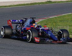 3. Toro Rosso STR12 - 8.5 / 10: Upstages Red Bull com um número funky roxo