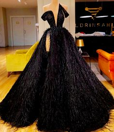 How would you rock this black We Focus on Hollywood Entertainment News, Wedding Dresses, Lifestyle, Fashion, Aso Ebi series and other media contents aimed at US and Pan-African audiences Pretty Prom Dresses, Glam Dresses, Event Dresses, Cute Dresses, Fashion Dresses, Formal Dresses, Sexy Dresses, Summer Dresses, Casual Dresses