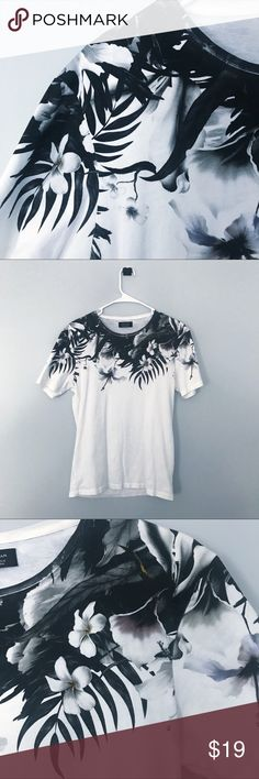 Zara Men's Floral Tee Floral top tee by Zara with monochromatic design plus small subtle color pops in the flowers. Super comfortable and form fitting! True to size. Zara Shirts Tees - Short Sleeve