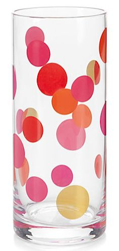 Such happy dotted glassware http://rstyle.me/n/e5nj8nyg6