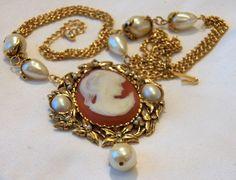 80's Vintage KJL Kenneth Jay Lane for Avon Pearls Cameo Pendant Necklace Brooch #KennethJayLaneKLJforAvon #Pendantnecklaceandbrooch