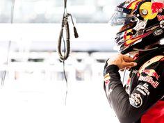 Daniil Kvyat, Carlos Sainz, track action, garage, team, pitlane... enjoy the best shots from our Formula 1 2016 Austrian Grand Prix. Full Gallery on win.gs/29ixvIU. Wallpaper download section on win.gs/1ZYW0NS. #F1 #tororosso #kvyat #sainz #redbull #AustrianGP #RedBullRing