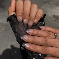 The theme for the next two days will be silver Would you wear these silver nails? Clear Glitter Nails, Silver Nails, Square Acrylic Nails, Best Acrylic Nails, Minimalist Nails, Fancy Nails, Pretty Nails, Jelly Nails, Fire Nails
