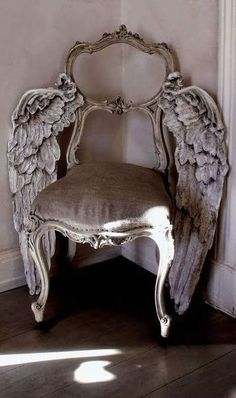 winged chair (teresamoolman)