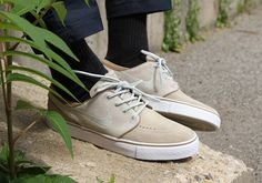 Neutral Tones On The Nike SB Zoom Stefan Janoski