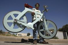 """Israeli inventor Izhar Gafni says he ready to mass-produce a bicycle made of cardboard. There are no metal parts. The chain is actually a car's timing belt and the tires are made from reconstituted rubber. Art Expo, Timing Belt, Cool Tech, Tecno, Change The World, Transportation, Recycling, Gadgets, Cool Stuff"