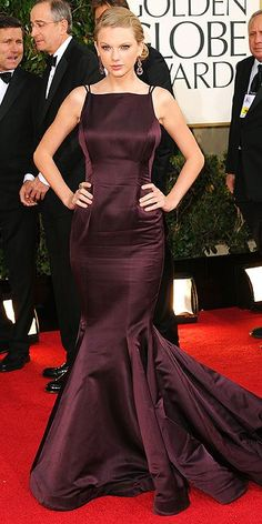 I thought Taylor Swift looked very grown up and gorgeous in this eggplant colored gown at the Golden Globes.