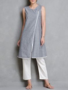 Grey-Ivory Asymmetrical Front Open Chambrey Kurta Tunic Dress With Leggings, Kurta Cotton, Kurta Designs, Blouse Designs, Kurti Patterns, Collar Designs, Pakistan Fashion, Salwar Suits, Shalwar Kameez