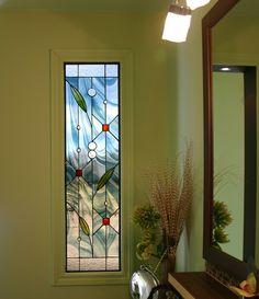Service de vitraux sur mesure de qualité qui saura s'harmoniser dans l'environnement où il se trouvera. Votre vitrail ne laissera personne indifférent.