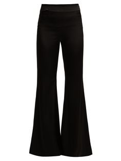 Business Casual Outfits For Women, Edgy Outfits, Cool Outfits, Fashion Outfits, Satin Trousers, Trousers Women, Pants For Women, Twilight Outfits, Capsule Outfits