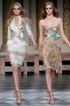 Short couture dresses suitable for a bridal ceremony at the city hall -- Zuhair Murad Couture Spring/Summer 2010 Couture Mode, Style Couture, Dior Couture, Couture Dresses, Couture Fashion, Runway Fashion, Vestidos Fashion, Fashion Dresses, Beautiful Gowns