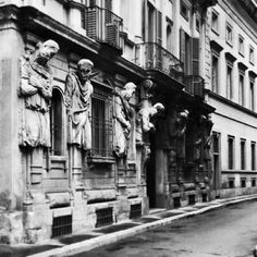 Palazzo Omenoni, Milano, Lombardia