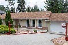Home for Sale - 3963 Trepanier Heights Avenue, Peachland, BC V0H 1X2 - MLS® ID 10059378