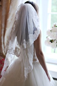 Lace veil, Short two tier veil, Fingertip veil, Bridal veil, Ivory wedding veil…