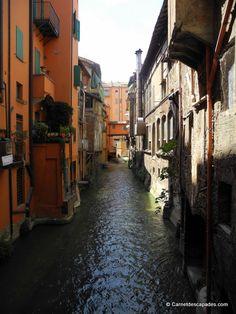 "Via Piella - ""Visite de la sympathique Bologne"" by @carnetdescapade"