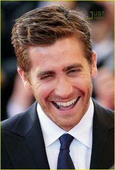 Nai'xyy Jake Gyllenhaal - Actor, Source Code