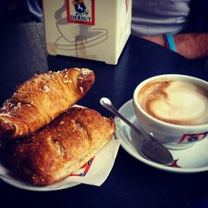 #brioches #cappuccino  #dersut #breakfast #morning