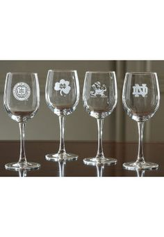 Notre Dame Wine Glass Set