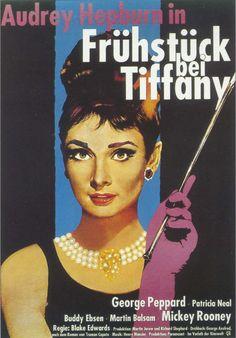 """Carátula de la película """"Desayuno con diamantes"""" en alemán: """"Frühstück bei Tiffany""""."""