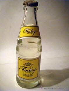 Botellin de Tonica Finley Soda, Vintage Branding, Gin And Tonic, Tin Boxes, Interesting History, Old Tv, Glass Bottles, Beer Bottle, Nostalgia