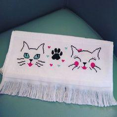 """Kitten face x-stitch"" 123 Cross Stitch, Cross Stitch Borders, Cross Stitch Alphabet, Cross Stitch Designs, Cross Stitch Patterns, Embroidery Stitches, Embroidery Patterns, Hand Embroidery, Graphic Design Portfolio Examples"