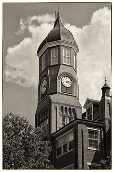 Clock tower on MUW Campus, Columbus Mississippi Mississippi University, Columbus Mississippi, Mississippi State, Southern Pride, Southern Charm, Time Travel, Big Ben, Places Ive Been, Beautiful Places