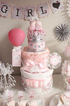 ダイパーケーキをメインに飾って。プチプラもフル活用!賢くかわいいベビーシャワー。#AneCan #babyshower #homeparty #ベビーシャワー #DIY