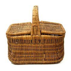 Beautiful Vintage Picnic Basket.