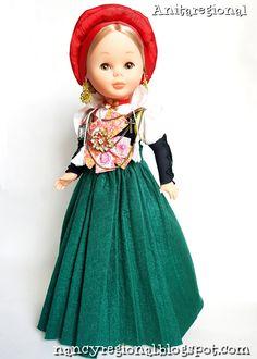 NANCY ANSOTANA Nancy Doll, Aragon, Costumes, Dolls, Disney Princess, Virginia, Vintage, Folklore, Childhood Memories