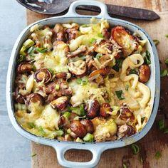 Getrocknete Spätzle müssen Sie noch kurz bissfest garen. Nicht zu viel kochen, sonst werden Sie bei der weiteren Verarbeitung zu weich.