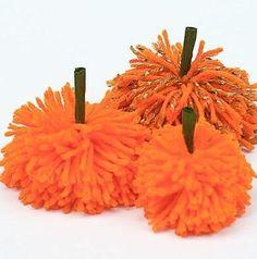 Hazlo tú mismo: calabazas pompón para Halloween