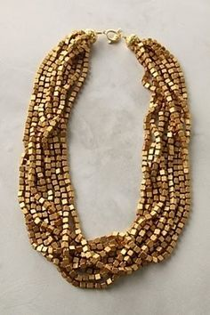 Gold statement necklace - Your own fashion